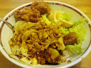小盛肉トーフ丼 + 唐揚